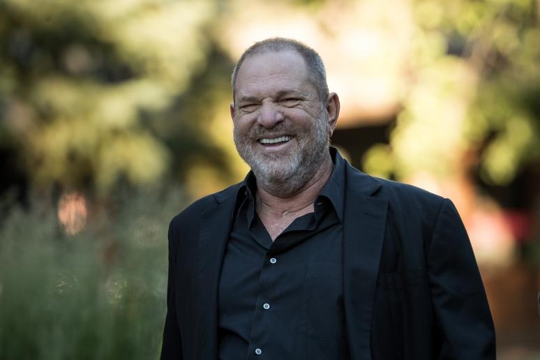 Weinsteint szexelvonóra küldték, de magasról tesz rá