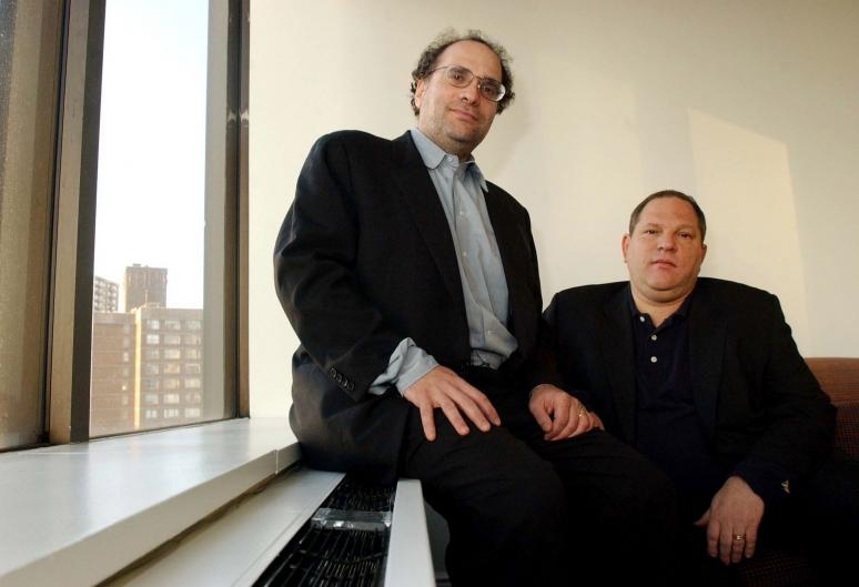 Már Harvey Weinstein öccsét is zaklatással vádolják