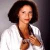 Gloria Reuben profilképe