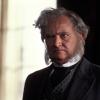 Jim Broadbent profilképe