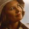 Shirley Knight profilképe