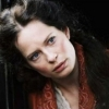 Maria Bonnevie profilképe