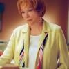 Shirley MacLaine profilképe