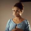 Leigh Taylor-Young profilképe