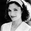 Mary Elizabeth Mastrantonio profilképe