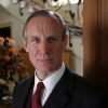 Nicholas Farrell profilképe