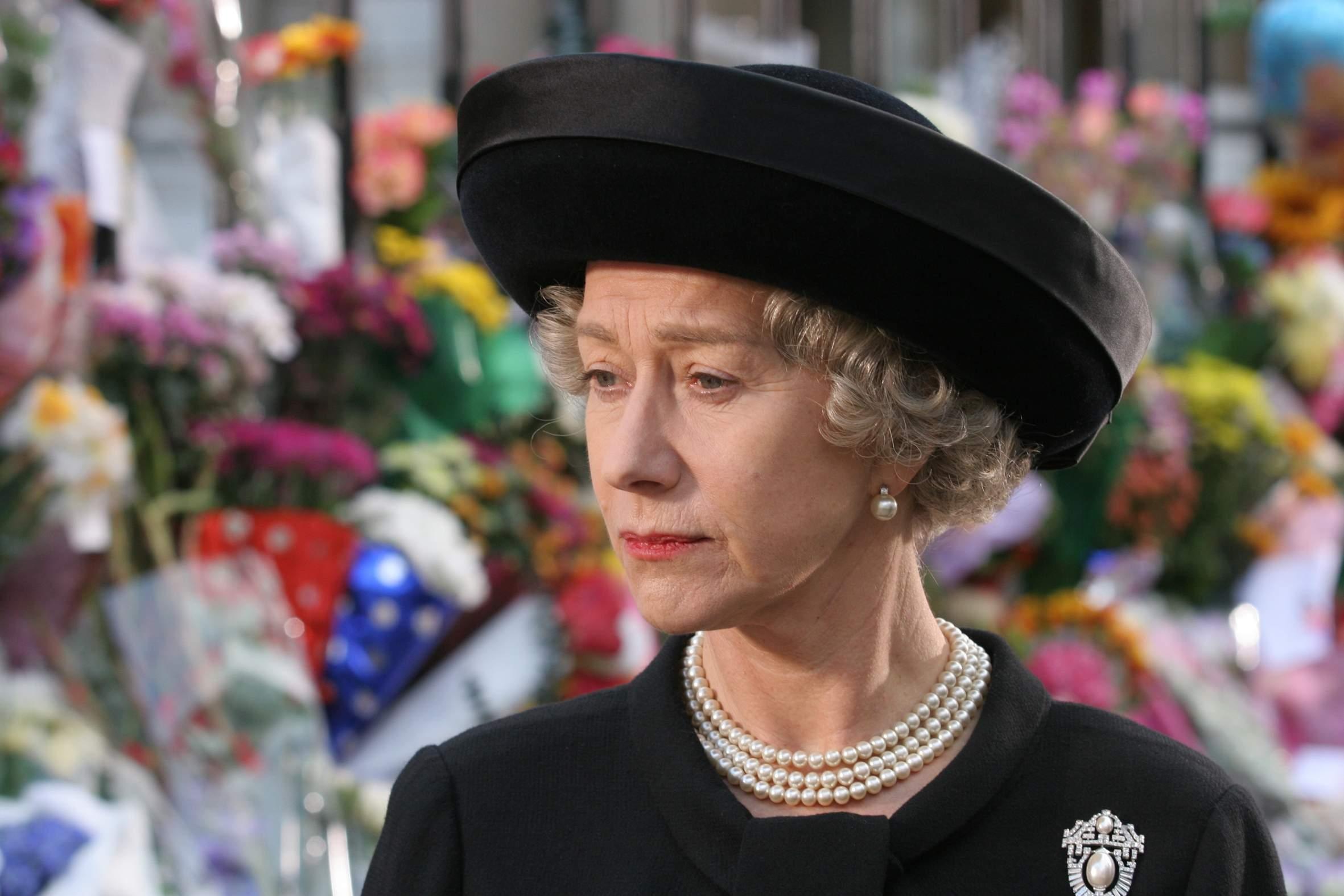 65 éve uralkodik II. Erzsébet - ismerjük meg a királynő életét!