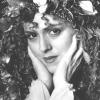 Bernadette Peters profilképe
