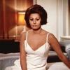 Sophia Loren profilképe