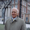 Robert Loggia profilképe