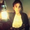 Brooke Adams profilképe