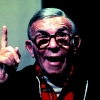 George Burns profilképe