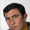 George Lazenby profilképe