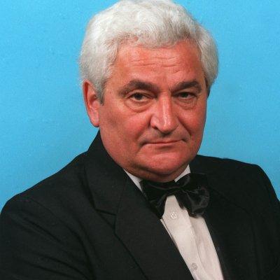 Sinkó László