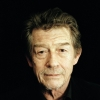 John Hurt profilképe