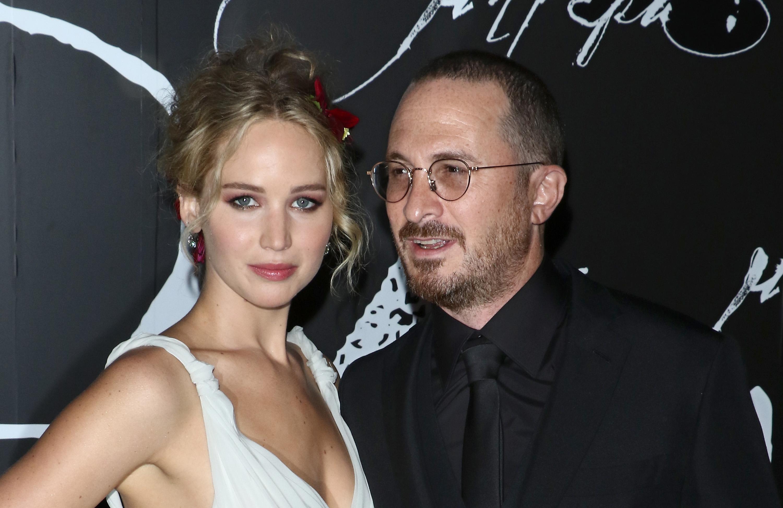 Szakított a sztárpár, vége Jennifer Lawrence és Darren Aronofsky románcának!
