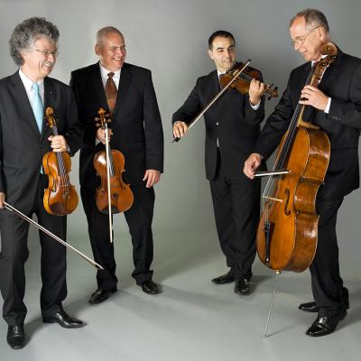 Jekl László (basszus) és a Kodály Vonósnégyes