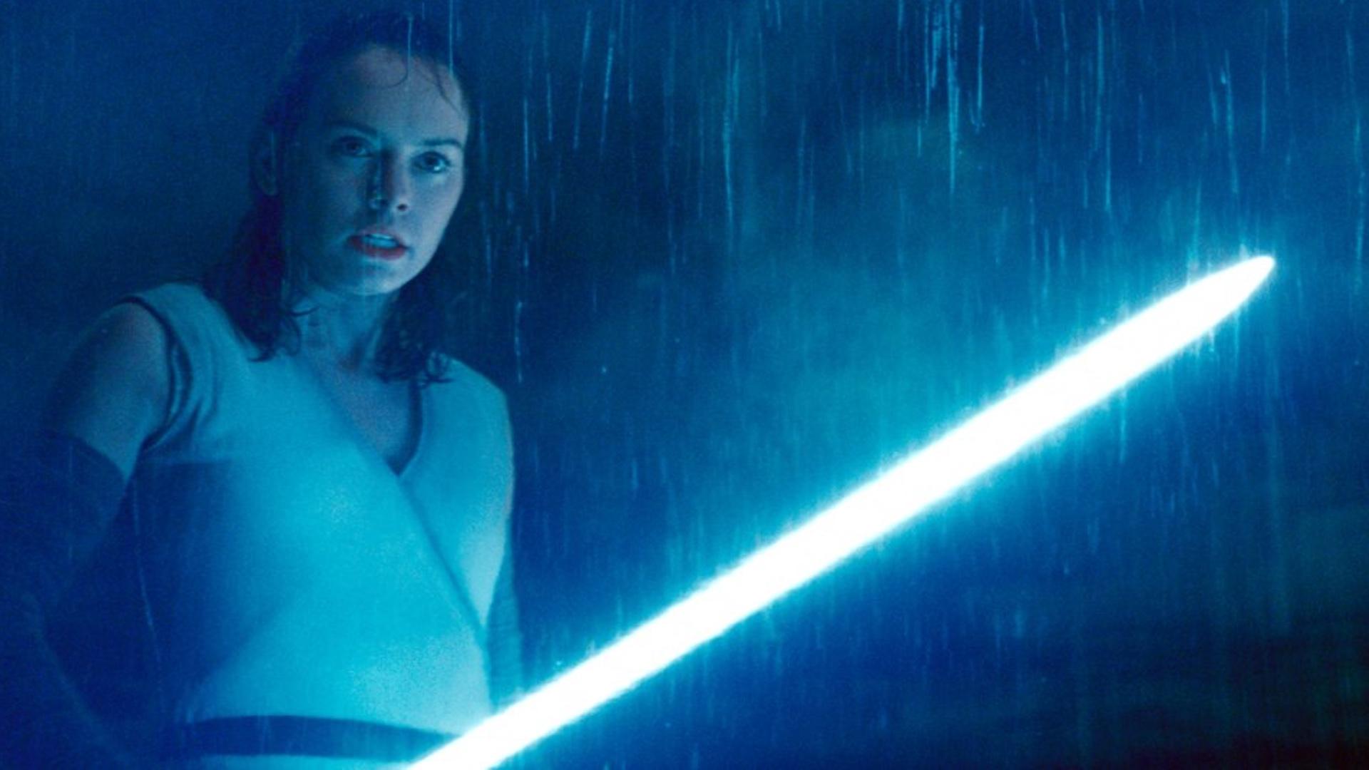Kiszivárgott egy werkfotó a Star Wars IX forgatásáról, megőrülnek a rajongók!
