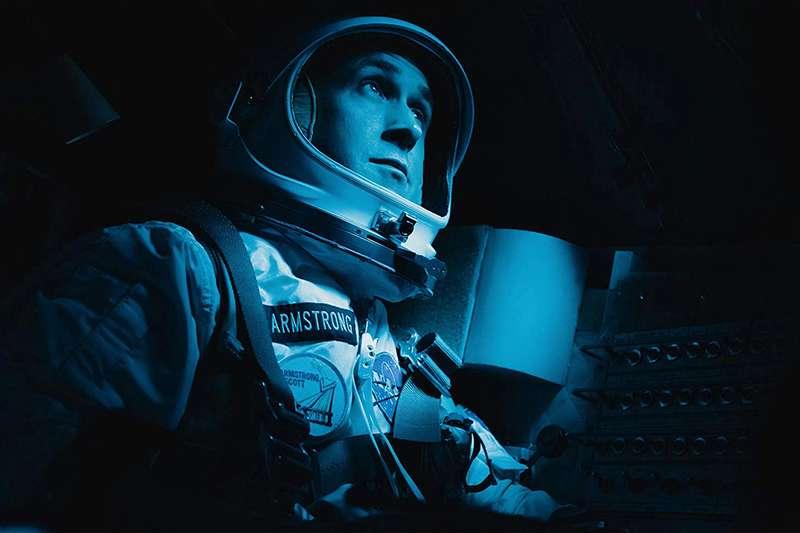 Az első ember - Ryan Gosling még akkor is baromi jó, ha nem látszik!