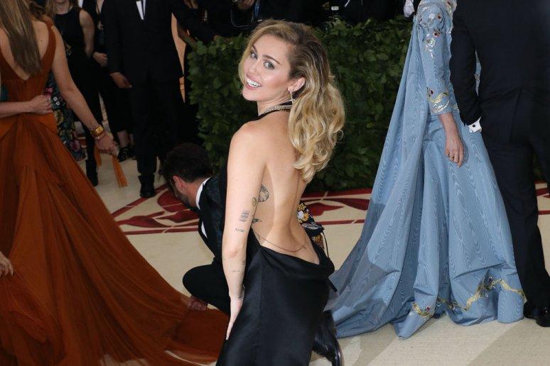 Miley Cyrus szerepet kapott a Fekete tükörben