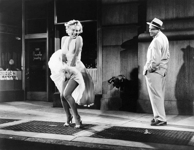 Az ember, aki megrongálta Trump csillagát, most Marilyn Monroe szobrot lopott