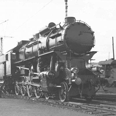 A legendás 424-es első példánya is bemutatkozik a Közlekedési Múzeum új kiállításában